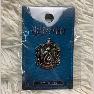 NWT Harry Potter Slytherin Pewter Lapel Pin